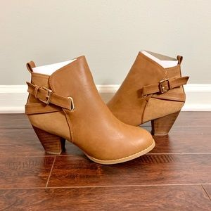 Top Moda Tan Boots Sz 10 NIB